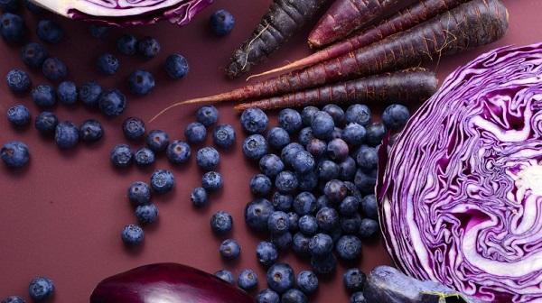 pantone couleur ultra violet legumes